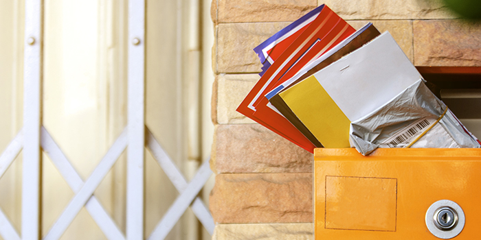 Shared versus solo direct mail